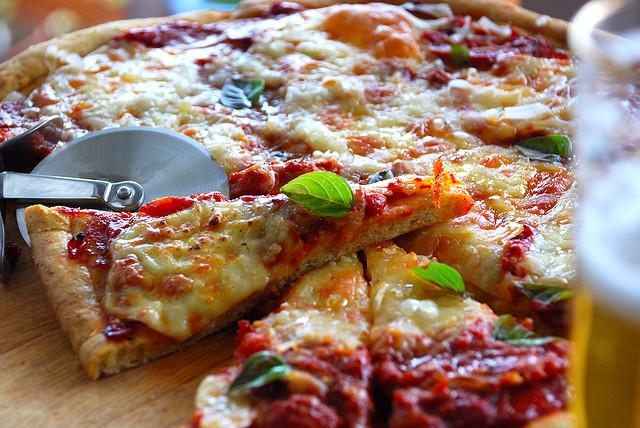 pizza-tevie-smith