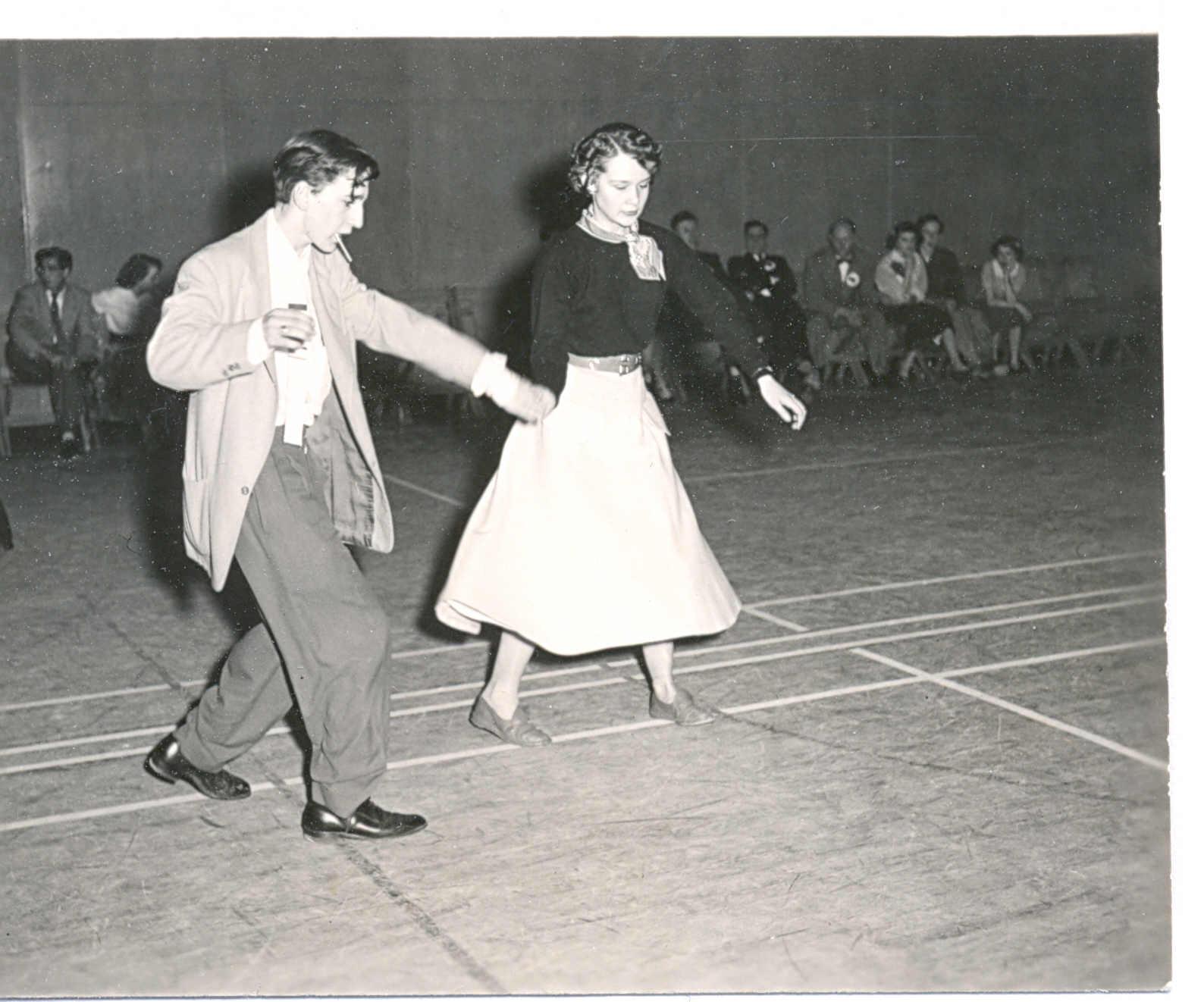 jive-dancing