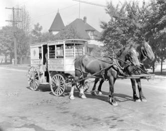 vancouver-dairy-wagon